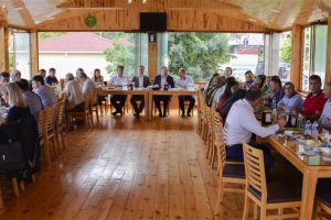 Türkeli Belediyesinden Türkeli MYO'ya Hoşgeldiniz Yemeği